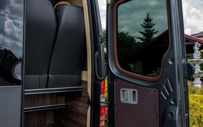 tapicer-bus-42